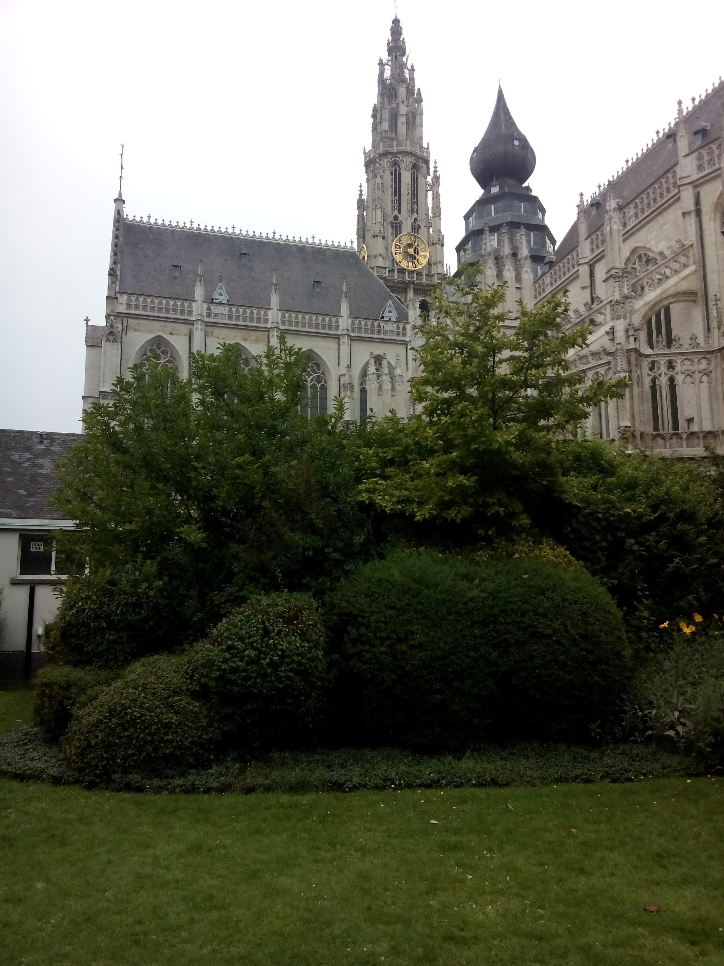 tuin kathedraal Antwerpen http://gerhildemaakt.wordpress.com