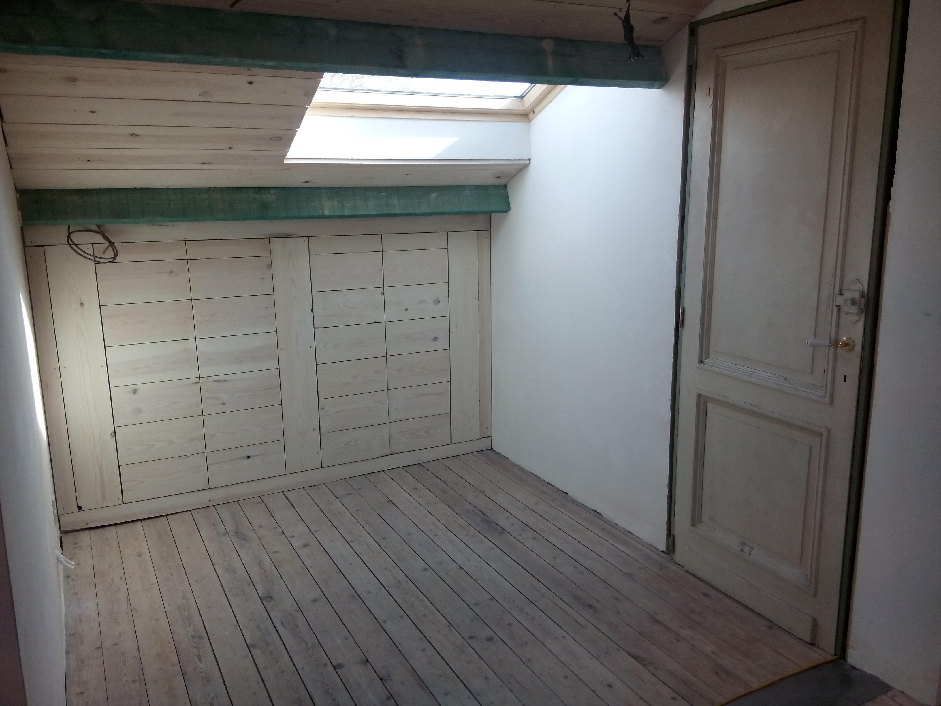zolder oude kleine kamer (2)