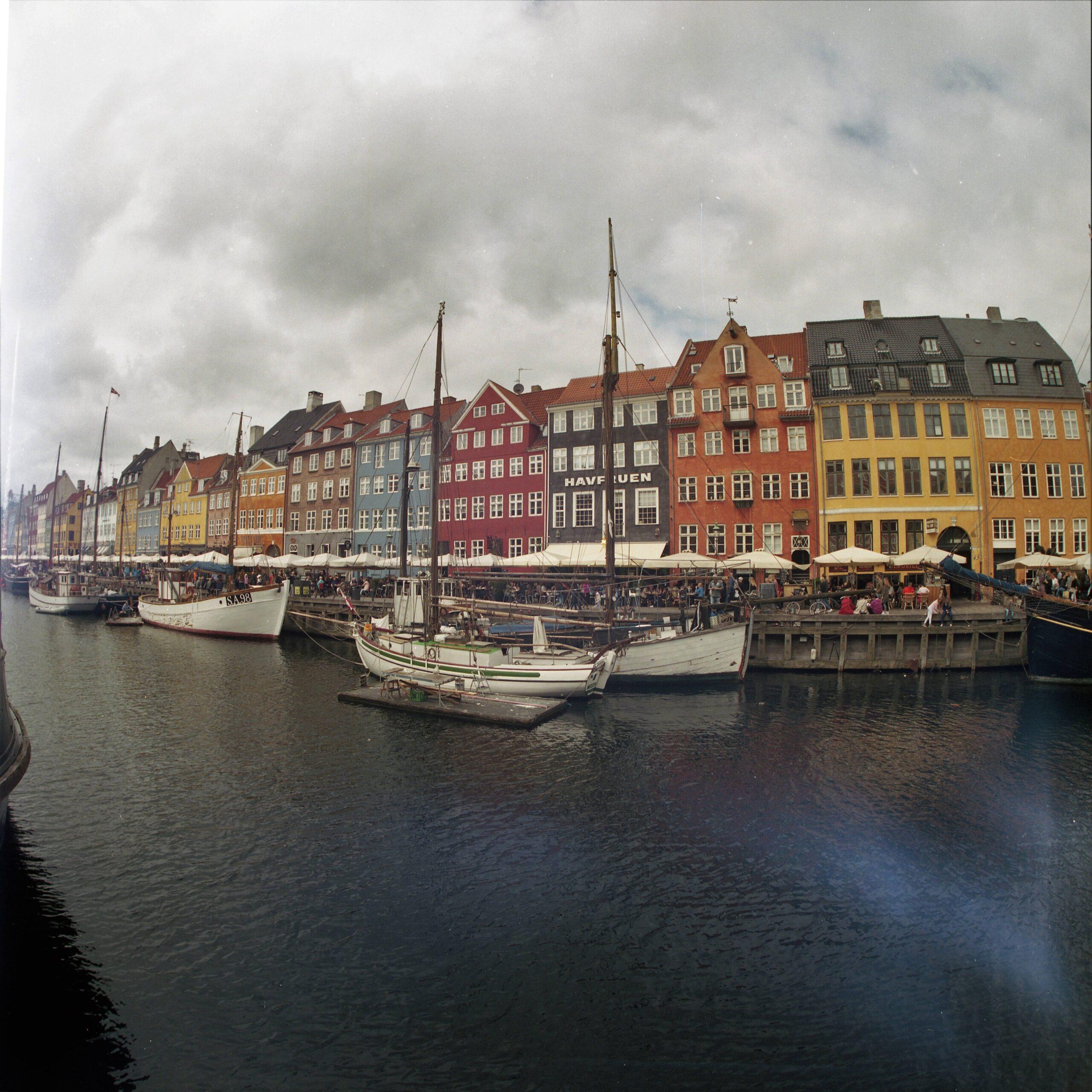 portra400023-min docular Kopenhagen Nyhavn