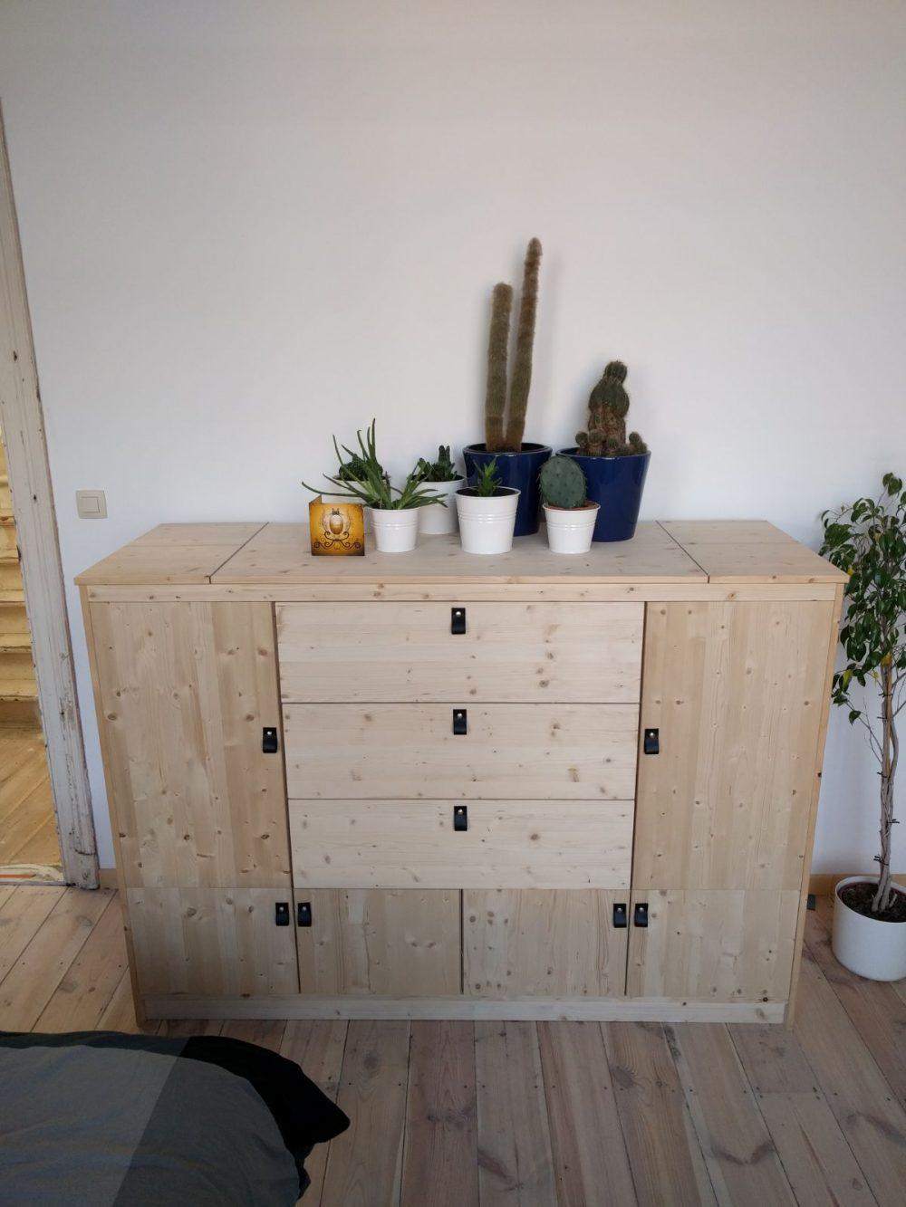 Hoe je je wasmand kan integreren in een kast